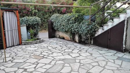 Localita' Borgo S.Antonio via Flacca a mt. 600 dal mare appartamento +giardino euro 93.000