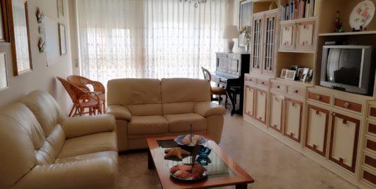 Terracina proponiamo appartamento in affitto tutto l'anno Mq. 90 al secondo piano con ascensore