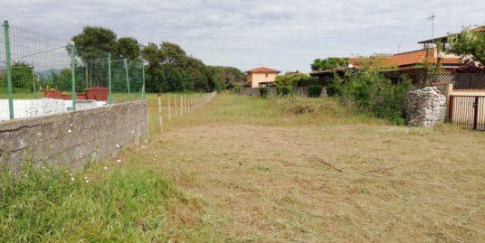 Terracina via flacca a mt. 300 dal mare proponiamo RUDERE DA RISTRUTTURARE affare euro 60.000 trattabili
